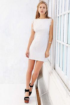 Clothing, accessories and apartment items for men and women. Dress Skirt, Lace Dress, White Dress, Urban Dresses, Kimchi, Dress Codes, Cheap Dresses, Fashion Advice, Lace Detail