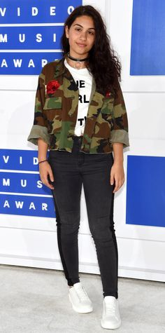 See the Best Looks from the 2016 MTV Video Music Awards Red Carpet - Alessia Cara from InStyle.com