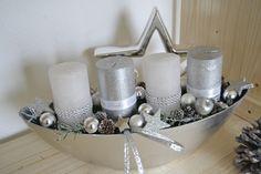 Adventsgesteck / Adventskranz 40 cm  Weihnachtsgesteck Edel silber/weiß   | eBay