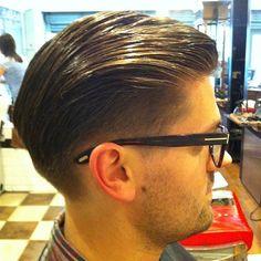 #savillsbarbers #executivecontour #lowtaper #lowfade #pomade #layrite @officiallayrite #baberfam #barberlife #barberlove