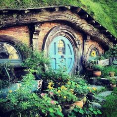 Hobbit hole in Matamata, NZ