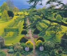 Prince Charles' Highgrove Garden with Topiary Shapes Landscape Architecture, Landscape Design, Garden Design, Highgrove Garden, Parks, Gardens Of The World, Famous Gardens, Lush Garden, Garden Path
