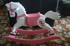 Caballo balancín de madera antiguo hecho a mano por HeartCraftedNZ Rocking Horse Plans, Wood Rocking Horse, Wooden Horse, Projects For Kids, Diy For Kids, Wood Projects, Play Wood, Hobby Horse, Wood Toys