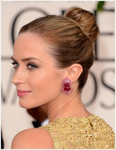 Emily Blunt at Golden Globe Awards 2013