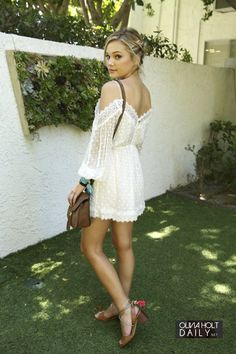 Embedded image.//. Beautiful Olivia Holt. Love her gorgeous legs. Sal P.