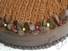 #Moretta fiorita - Torta moretta decorata con #cioccolato plastico
