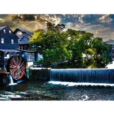 The Old Mill #pigeonforge #tennessee - @randaphoto- #webstagram