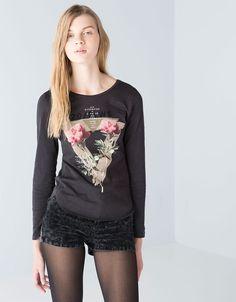 Bershka España -Camiseta BSK estampado flores