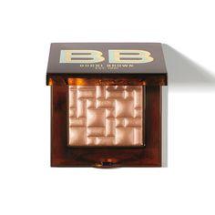 Rank & Style - Bobbi Brown Highlight Powder, Scotch on the Rocks Collection Blush Makeup, Skin Makeup, Flawless Makeup, Makeup Kit, Face Blender, Luminous Makeup, Beauty Make Up, Beauty Tips, Beauty Products