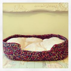 Crochet dog bed