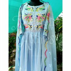 Embroidery Suits Punjabi, Embroidery Suits Design, Embroidery Fashion, Punjabi Suits Designer Boutique, Indian Designer Suits, Silk Kurti Designs, Kurti Designs Party Wear, Dress Neck Designs, Designs For Dresses