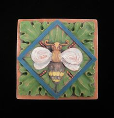 BEE  GARDEN  BUG  ARTS & CRAFTS GOTHIC ELLISON TILE