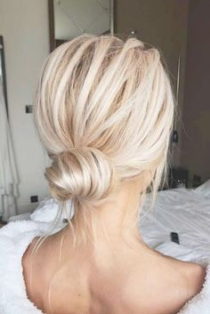 99 Wonderful Hairstyles Ideas For Thin Hair To Try Today 99 wunderbare Frisuren-Ideen, damit dünnes Haar heute versucht Medium Hair Styles, Curly Hair Styles, Natural Hair Styles, Medium Hair Tutorials, Thin Fine Hair Styles, Long Hair Ponytail Styles, Low Bun Tutorials, Short Ponytail, Thin Hair Styles For Women
