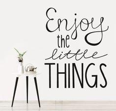 ENJOY http://www.myvinilo.com/vinilos-decorativos-textos/enjoy.html Aprecia las pequeñas cosas de la vida. Vinilos decorativos, hogar, decoración, interiores, pared, diseño, wall decals, stickers, decoration, design, poetry, poesia, words, palabras, frases, dichos.