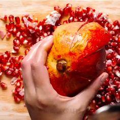 Diy Discover Food scraps hacks thatll save your money Diy Home Crafts, Diy Arts And Crafts, Fun Crafts, Simple Life Hacks, Useful Life Hacks, Hacks Diy, Food Hacks, Trick 17, Cooking Tips