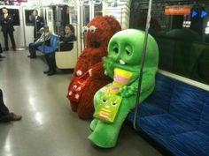 Snufalufogus & friend..... LOL!    mcsgsym:    Twitter / @kokkazu: 今日の午後、りんかい線に乗ったら、ガチャピンとムック …
