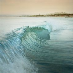 La Vague...need this for my wall.