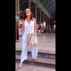@carinavalentina en @mercadocolonvlc  con #alpargatas LELE y y #mochilabolso CARDINA  Disfruta del #verano ☀️ con ⬇️Www.carinavalentina.com #espardeñas #firmadebolsos #bandoleras #bolsodemano #bolsosdelujo #carterademano #clutch #bohochic #primavera #newcolletion #luxury #lujo #elegant #mujer #style #bolsosartesanos #artesania #diseñadoradebolsos #diseñadora #diseñadoravalenciana #modafemenina #tienda #castellon #carinavalentina