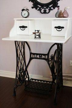 Diy desk 733875701763683219 - 32 Best Ideas For Diy Desk Chair Sewing Machines . Diy desk 733875701763683219 - 32 Best Ideas For Diy Desk Chair Sewing Machines Source by Diy Furniture Chair, Desk Chair, Shabby Chic Furniture, Furniture Projects, Furniture Makeover, Chair Makeover, Old Sewing Machine Table, Antique Sewing Machines, Singer Sewing Tables