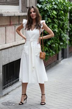 Boho Fashion India Get the dress for 55 at Asos UK - Wheretoget.Boho Fashion India Get the dress for 55 at Asos UK - Wheretoget Simple Dresses, Cute Dresses, Casual Dresses, Short Dresses, Romantic Dresses, Romantic Fashion, Simple Dress Styles, Elegant Summer Dresses, Romantic Look