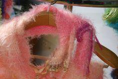 Handgestrickter weicher angenehmer Schal in hellrosa von Lintschi, $59.00 Vintage, Etsy, Light Rose, Craft Gifts, Breien, Vintage Comics