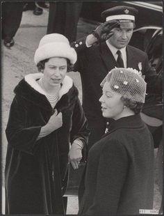 Queen Elizabeth with Princess Beatrix in the 1960s
