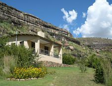 This cottage is situated on a hill at the foot of a mountian at Mafube Mountain Retreat in Fouriesburg.