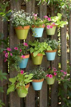 Creative Tips and Tricks: Fairy Garden Ideas Rocks tiny backyard garden planters.Backyard Garden Ideas Pots veggie garden ideas benefits of. Dream Garden, Garden Art, Fence Garden, Diy Fence, Fence Art, Garden Crafts, Pool Fence, Diy Crafts, Patio Fence