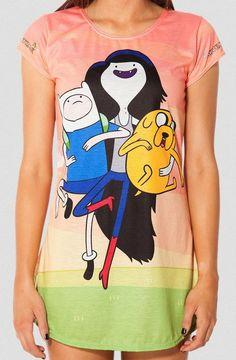 Camiseta chica Hora de Aventuras, tres personajes Estupenda camiseta con una medida que te permite usarla como un vestido mini,  inspirada en la serie de Tv Hora de Aventuras.