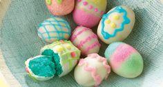 Easter Egg Cake Bites.  #desserts #cakes #easter