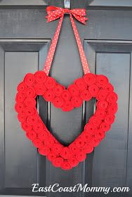 East Coast Mommy: Heart Rosette Valentines Wreath {take two}