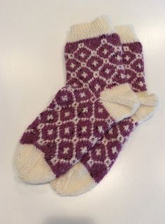 Hand knit alpaca blend fair isle socks in a dusty rose tweed and cream pattern Knitting Socks, Hand Knitting, Knitting Patterns, Red Artwork, Yarn Storage, Fair Isle Pattern, Red Colour, Red Jewelry, Red Gifts