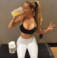 BABE OF THE DAY AMANDA LEE Not much to say that your eyes will not tell you. Check out some sexy pictures of Amanda Lee which will explain why she has Amanda Lee, Michelle Lewin, Body Inspiration, Fitness Inspiration, Weight Lifting, Fitness Motivation, Fitness Goals, Fitness Style, Chico Fitness