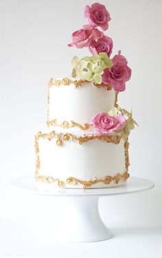 Wedding cake with gold detail and sugar flowers by Lemon Tree Cakes
