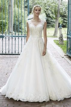 Discover the Maggie Sottero Bellissima Bridal Gown. Find exceptional Maggie Sottero Bridal Gowns at The Wedding Shoppe Lace Wedding Dress, Maggie Sottero Wedding Dresses, Gorgeous Wedding Dress, Tulle Wedding, Wedding Dress Styles, Wedding Attire, Designer Wedding Dresses, Bridal Dresses, Wedding Gowns