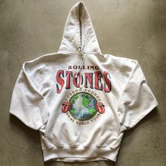 Best Sweatshirt Collections – Best Fashion Advice of All Time Trendy Outfits, Cool Outfits, Fashion Outfits, Trendy Hoodies, Sweater Hoodie, Sweatshirt Outfit, Voodoo, Mode Inspiration, Sweatpants Outfit