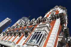 En la Villa y Corte  Edificio de la Real Compañía Asturiana de Minas Plaza de España Madrid #photography