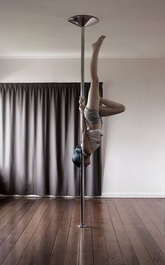 I can do this move... I just need to try it further up the pole!