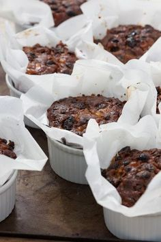 Individual Christmas cake recipe from Sarah Raven. These smaller, ramekin-sized cakes are perfect for presents and putting in people's stockings. Mini Christmas Cakes, Christmas Sweets, Christmas Cooking, Xmas Cakes, Small Christmas Cake Recipe, Holiday Cakes, Best Christmas Pudding Recipe, Mini Cakes, Cupcake Cakes