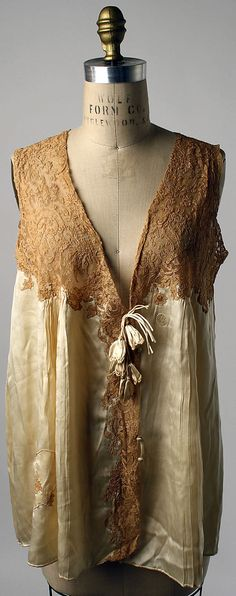 Bed Jacket - 1923-28 - French - Silk, cotton - @Mlle
