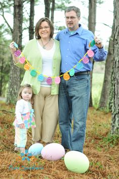 Easter photo shoot, easter photography ideas, spring photo, family photo, check out more at FB Pure Southern Photos  Copyright to Pure Southern Photos, Knoxville, TN photography, Knoxville, tn Photographer