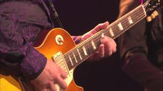Gary Moore - Empty Rooms (Live Montreux 2010 HD) Rest in Piece Gary, thank you for your all amazing guitar solo, you were on of the best guitar players. This song was my favorite