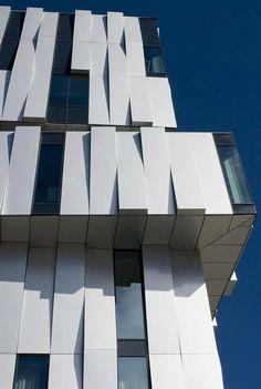 P :: Origami Architecture