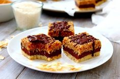 Triple layer toasted coconut caramel samoa bars…no baking required, just a little patience and whole lot of spoon licking during the process! Gf Recipes, Raw Food Recipes, Gluten Free Recipes, Healthy Treats, Healthy Eating, Toasted Coconut, Paleo Dessert, Vegan Foods, Baked Goods