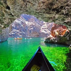 Lake Mead National Recreation Area (Arizona/Nevada) | 11 Beautiful Photos Of America That Will Blow You Away
