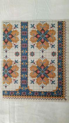 Cross Stitch Rose, Cross Stitch Borders, Stitch 2, Cross Stitching, Cross Stitch Embroidery, All Kinds Of Everything, Graph Design, Needlepoint, Bohemian Rug