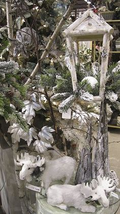 Bohemian Christmas, Classic Christmas Decorations, Woodland Christmas, Christmas Centerpieces, Rustic Christmas, Skinny Christmas Tree, Silver Christmas Tree, Christmas Holidays, Christmas Wreaths