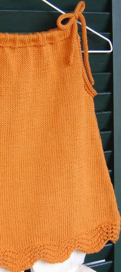 A lacy border starts off the lower edge and finishes at the neckline with a simple drawstring hem, ready to thread with I-Cord ties. The armholes are slightly set-in and completed with a rolled stockinette (stocking) stitch edge for ease and comfort. Addi Knitting Needles, Knitting Stitches, Knitting Yarn, Knitting Patterns, Knitting Ideas, Knit Edge, Girly, I Cord, Summer Knitting