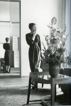 Salon Gertrud Höchsmann - Vienna Yves Saint Laurent, Couture, Chic, Beauty, Drawing Rooms, Haute Couture, Beleza, High Fashion, Elegant