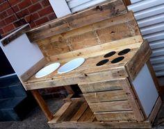 DIY Pallet Mud Kitchen For Kids | Pallet Furniture